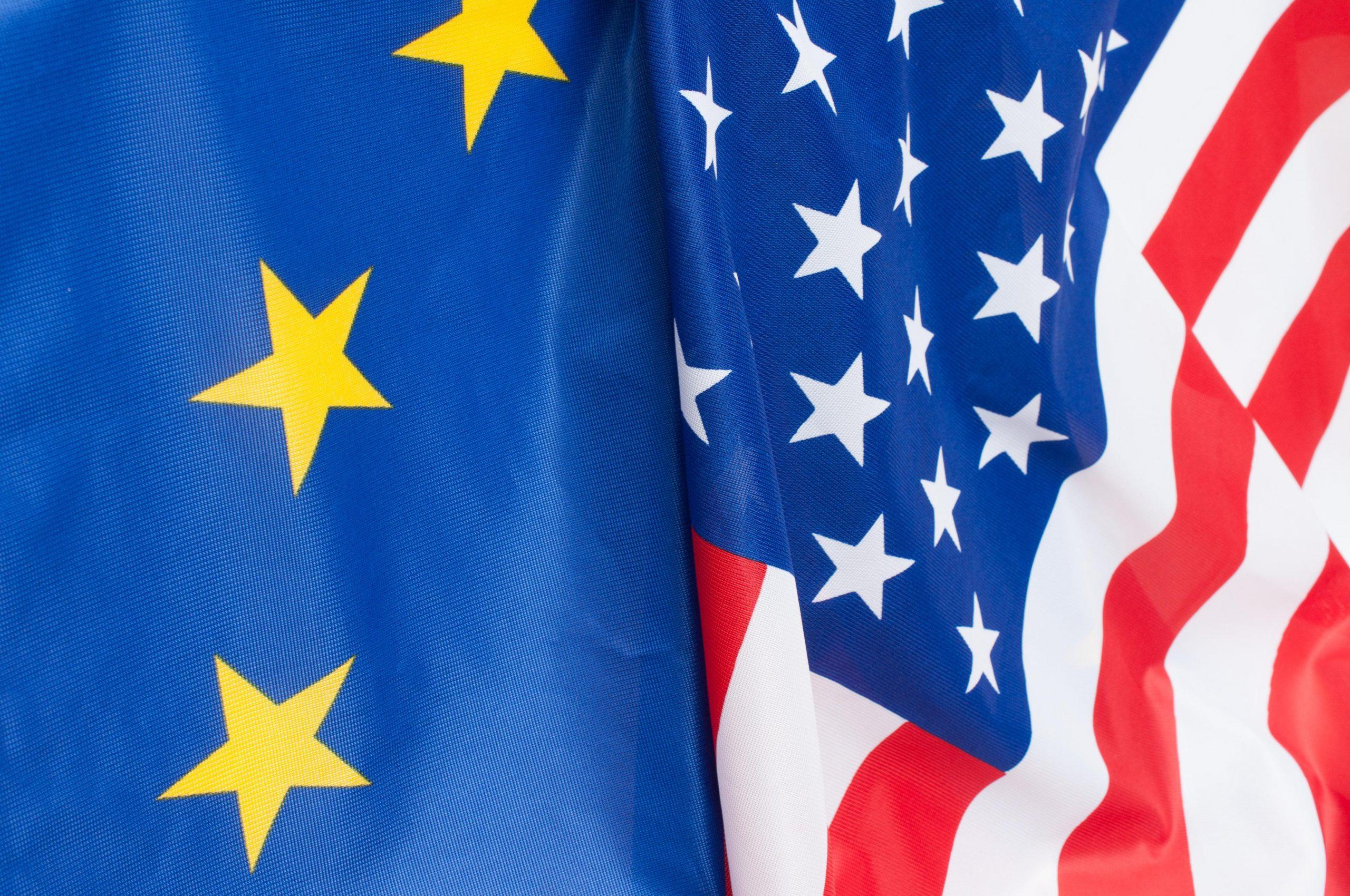 EU_US flags