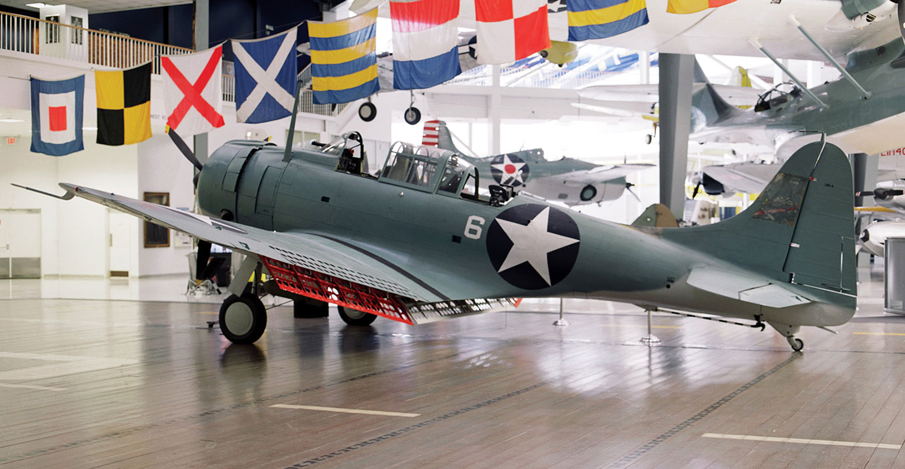 SBD-2_Naval-Aviation-Museum_1s