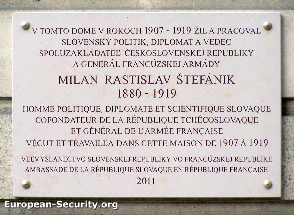 plaque milan stefanik rue leclerc