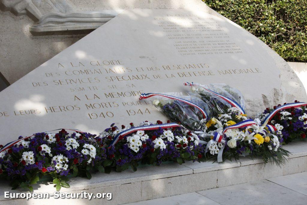 Monument de Ramatuelle à la mémoire des agents des Services Spéciaux morts pour la France - Photo © Joël-François Dumont